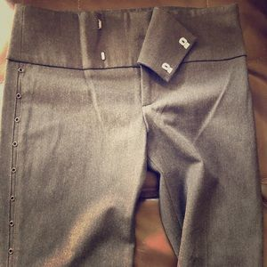 NWOT grey with grommets stretchy business pants